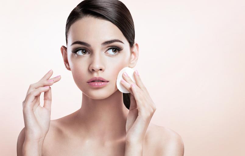 Comment retirer le maquillage sans utiliser de cosmétique standard?